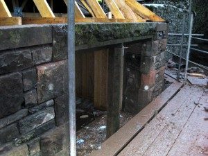 Lintel Back in place Dec 2013 300x225 A Cats Cradle and the re birth of the bay window